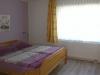 Schlafzimmer mit Doppelbett der Fewo Bennungen