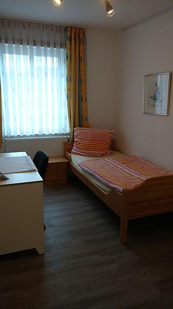 ferienwohnungen sittendorf fewo ro la eg. Black Bedroom Furniture Sets. Home Design Ideas